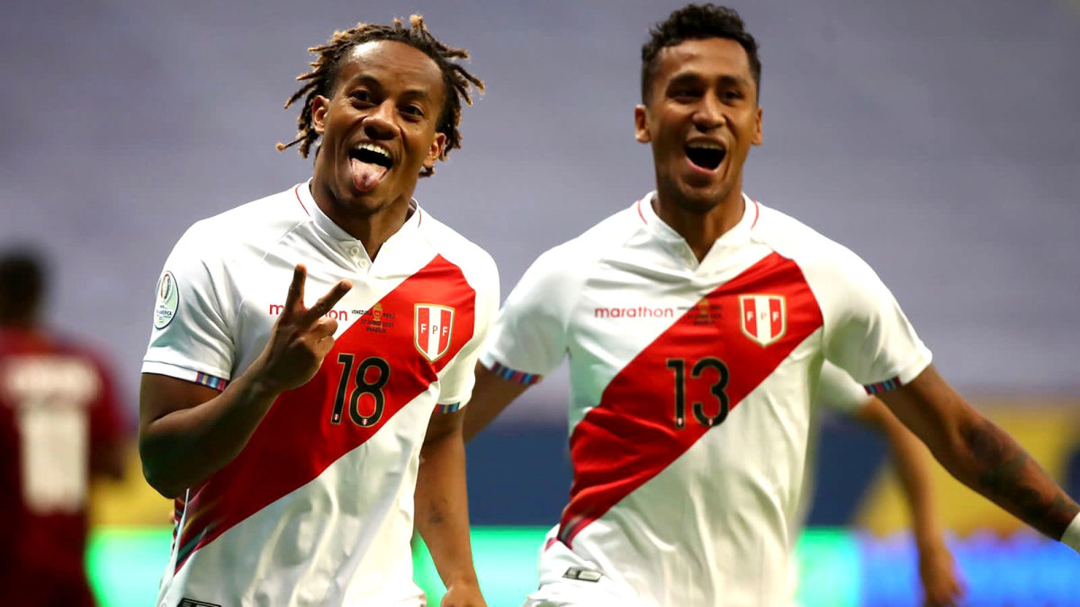 Peru beat Paraguay in a penalty shootout to reach the semifinals