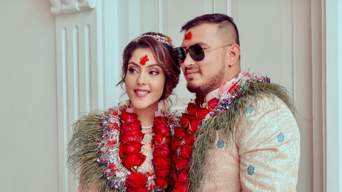 Supuspa Bhatta got married, Two months after the engagement