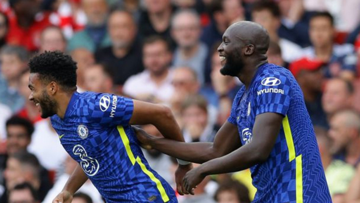 Chelsea's wins the London derby, Arsenal's second defeat