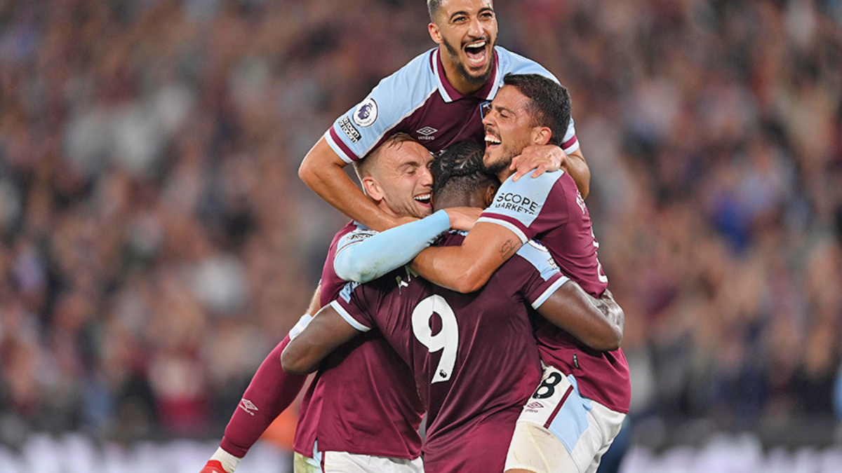 West Ham beat Leicester in the top spot